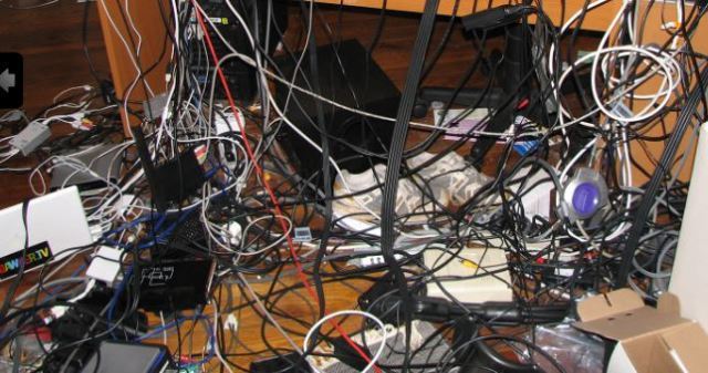 Reduce Clutter - Recycle Cables with Recycle IT